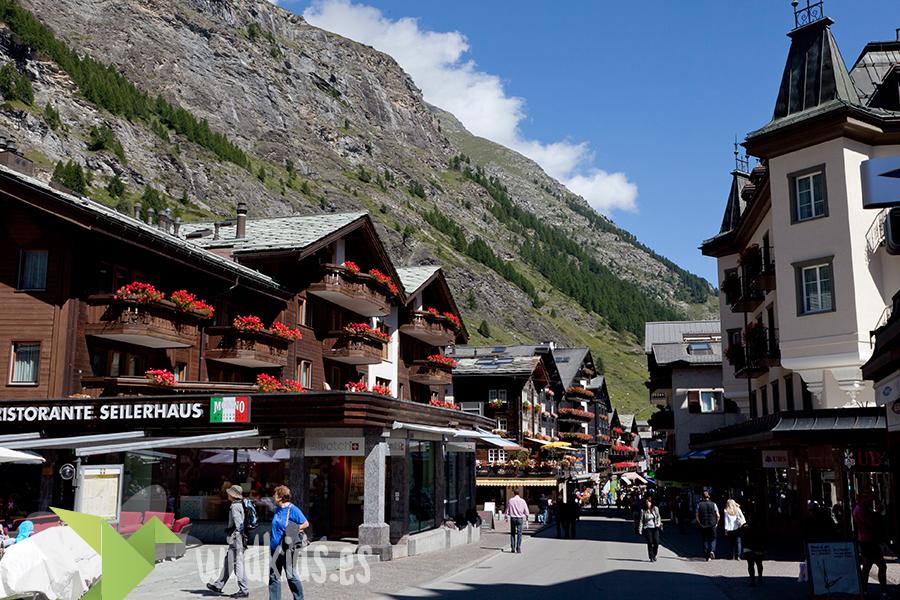Bahnofstrasse. Zermatt