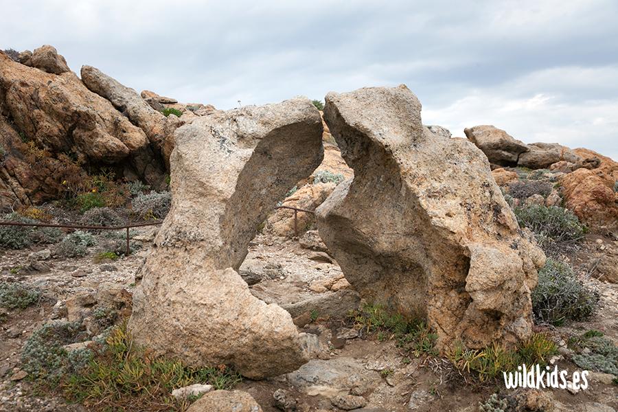 Curiosa formación rocosa junto al Mirador de Pamperris