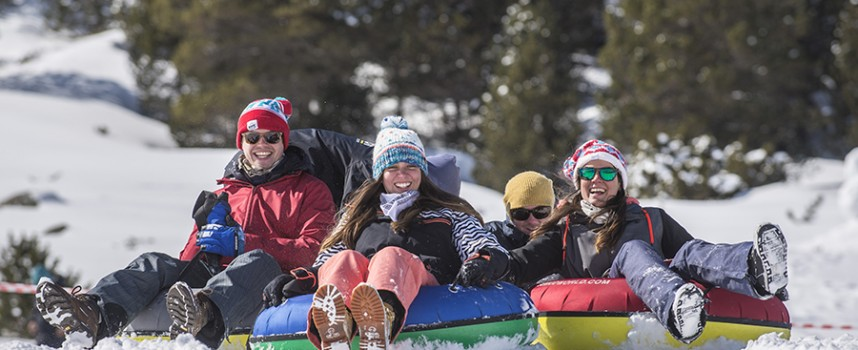5 cosas que puedes hacer en Andorra con niños en invierno (además de esquiar)
