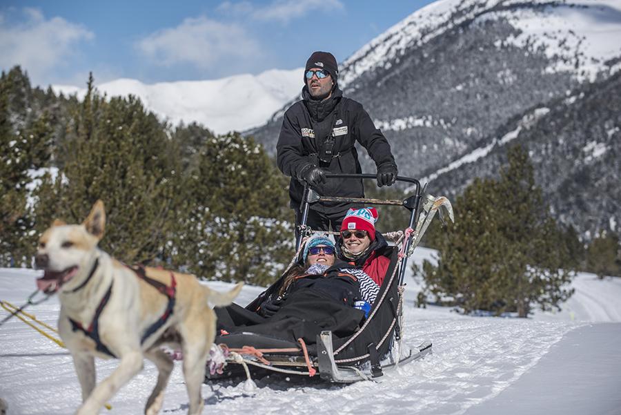 Andorra con niños en invierno - Mushing